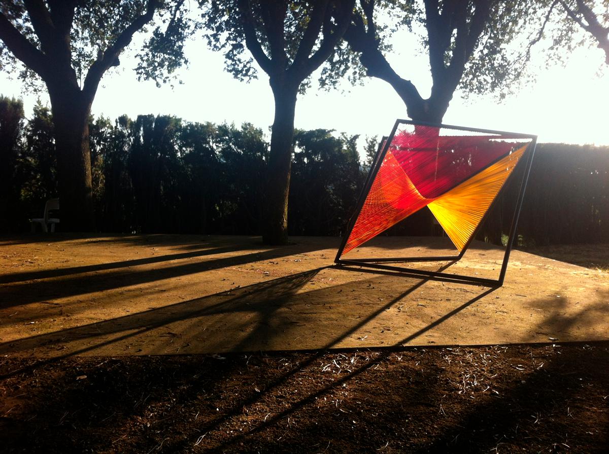 Caterina Aicardi, opere, scultura, natura, art, scultura, ferro, arancio, rosso, 360 gradi, arpa